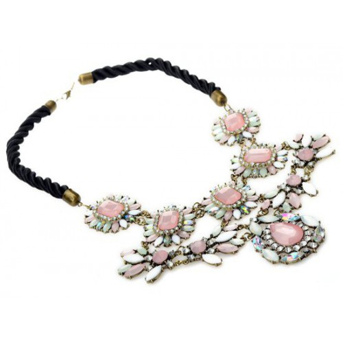 Extravagantes Statement Collier